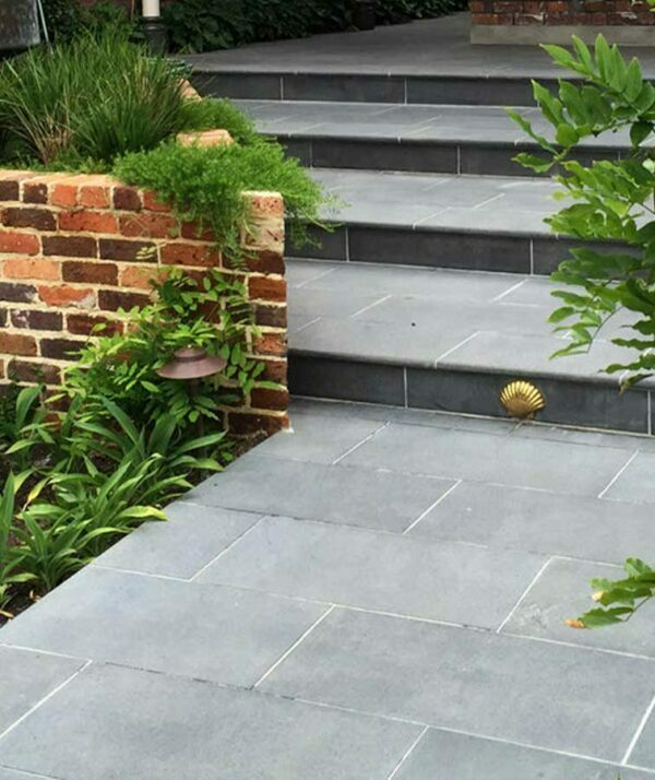 Harkaway Bluestone Pool Coping Bullnose