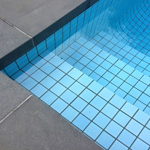 bluestone-pool-coping-rebate-tiles-melbourne-pavers